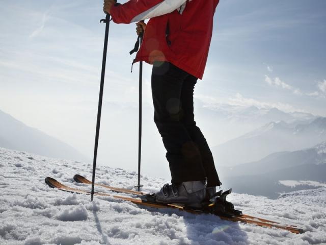 極限運動「高空滑雪」上天下地沒有極限